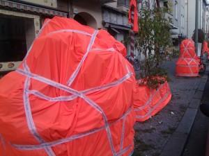 Die Müllerstraße verändert sich - Straßenmöbel werden eingepackt