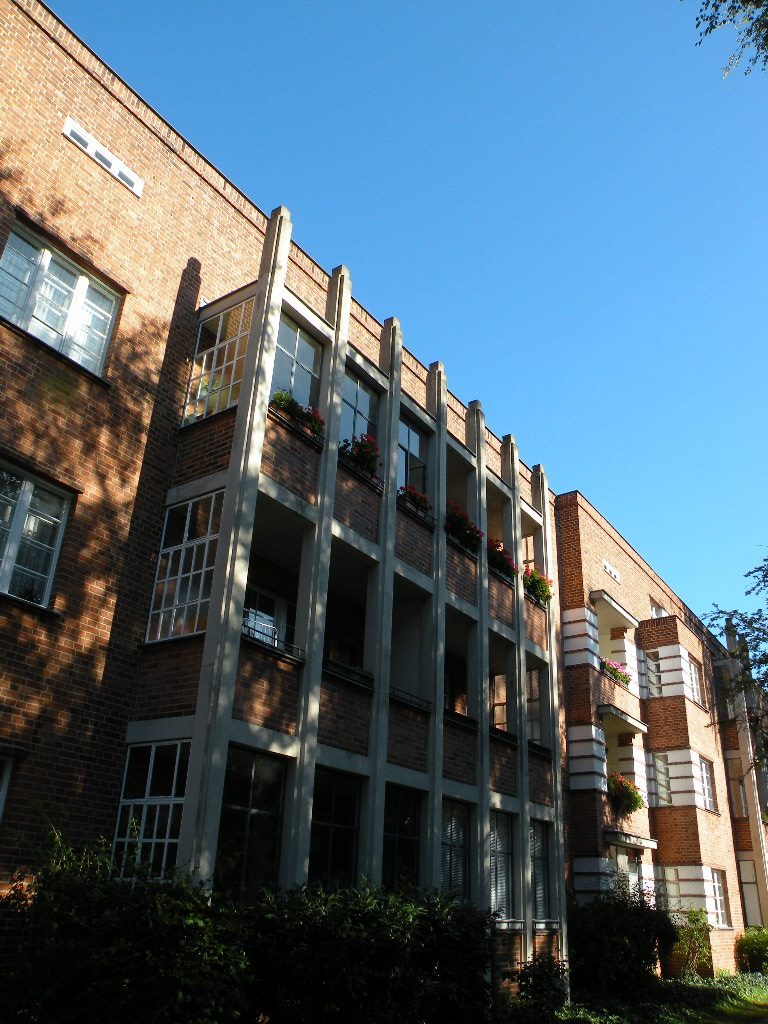Ungewöhnlich gestaltete Lösung für Balkone
