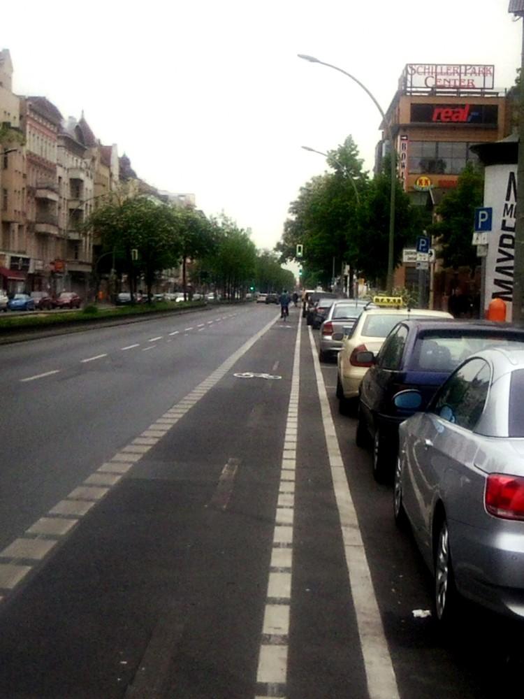 Radstreifen zwischen Ungarn- und Seestraße