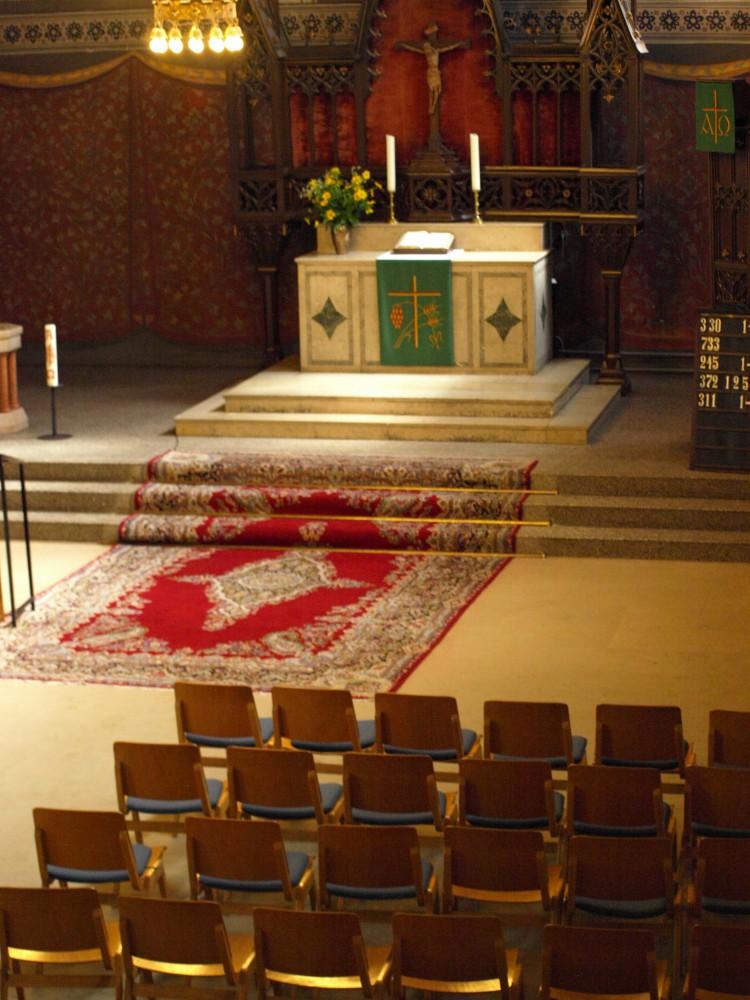 Innenraum Osterkirche Altar