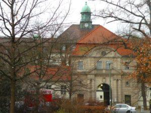 """Der Augustenburger Platz und """"das Virchow"""""""