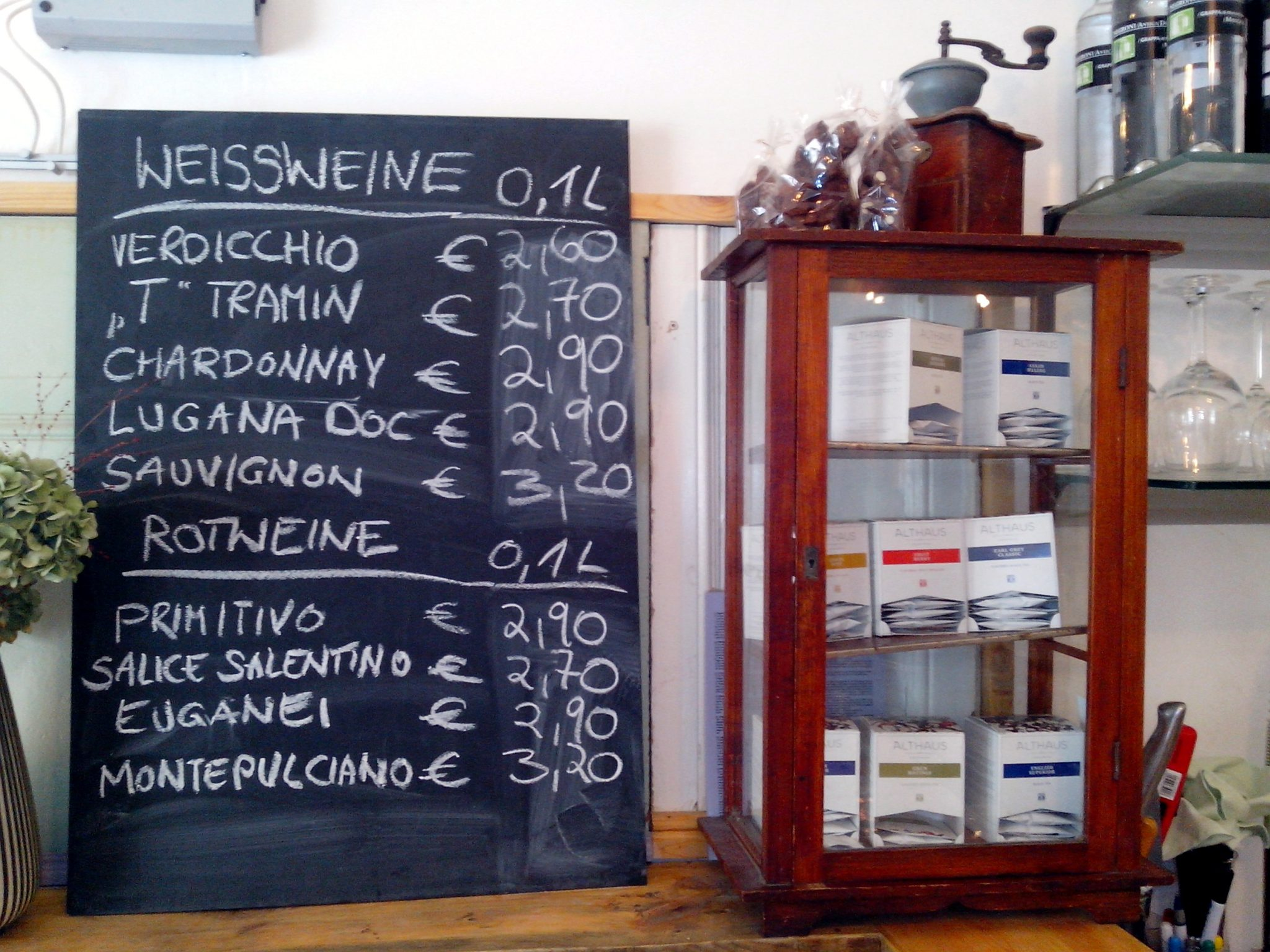 Café Hubert Weinkarte
