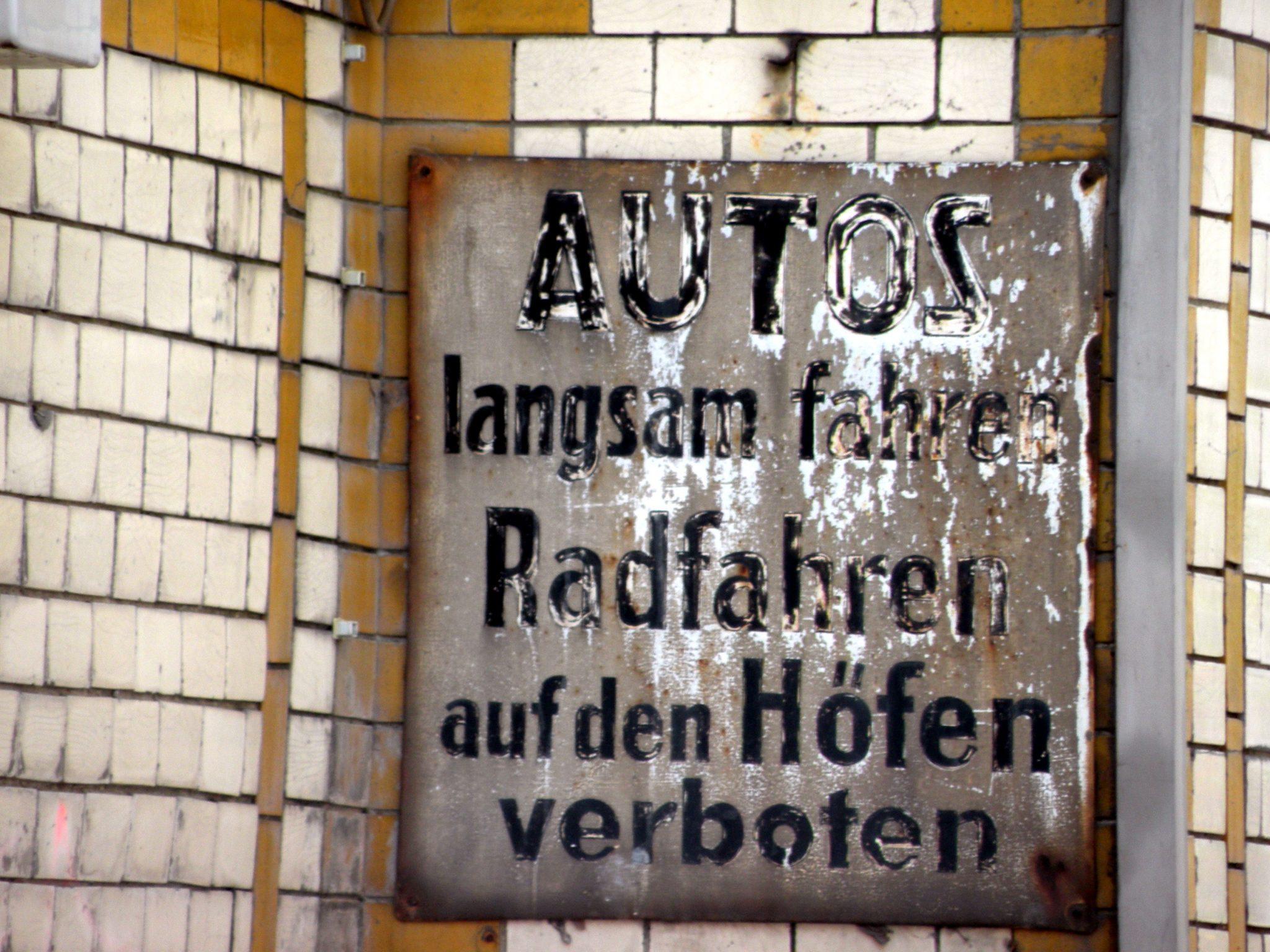 Schild in der Genter Straße