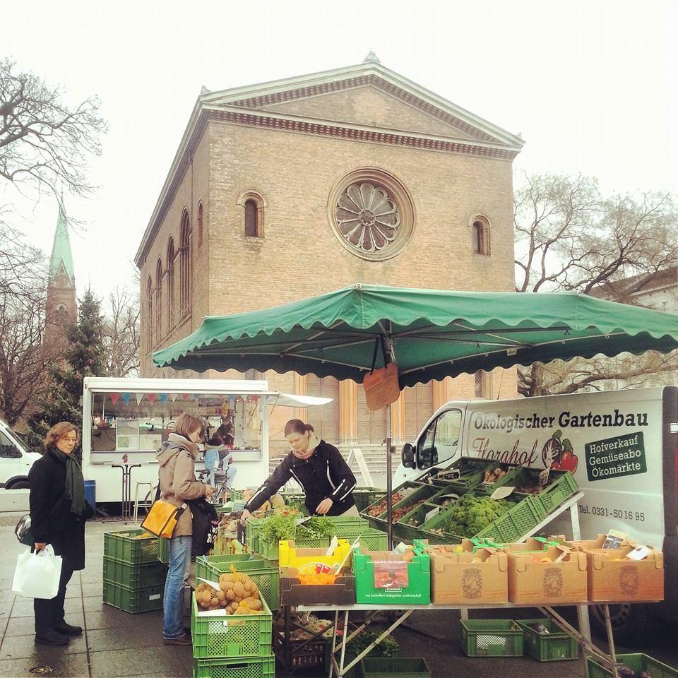 Leopoldplatz Markttag Wochenmarkt