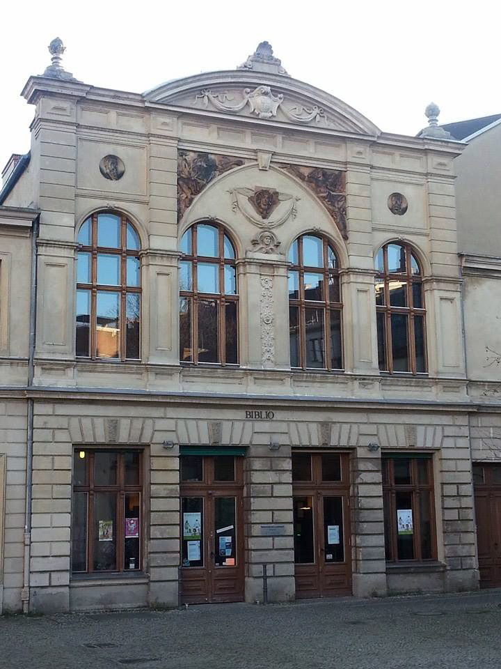 Bibliothek_am_luisenbad