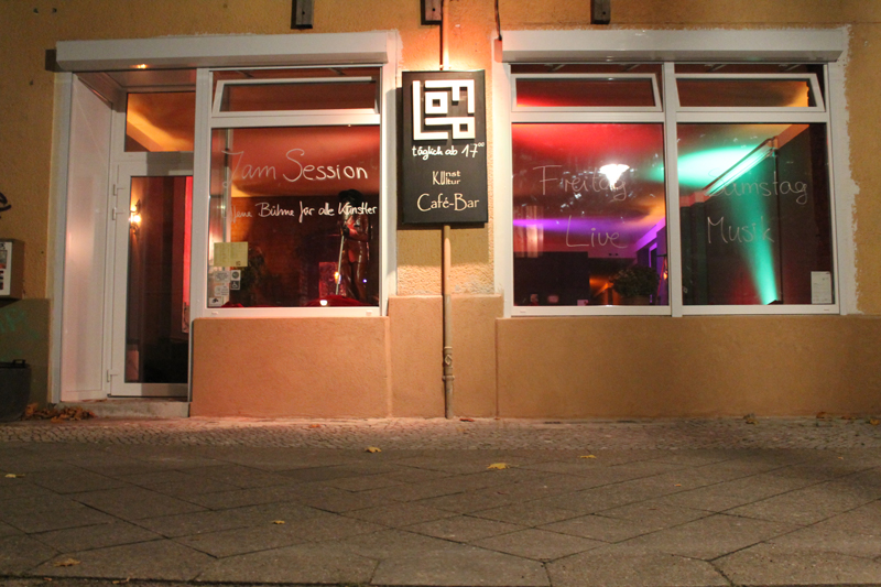 FLOP Bar Straße