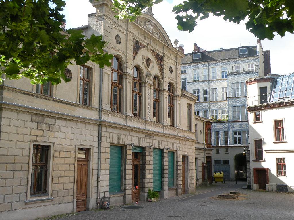 Bibliothek am Luisenbad (Quelle: panke.info)
