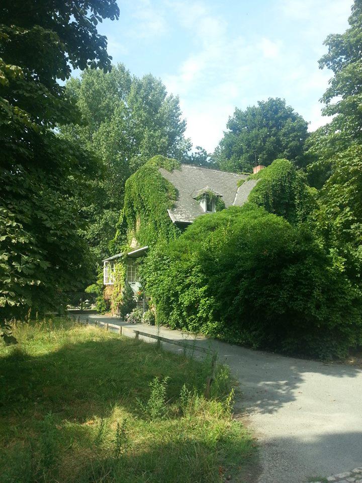 Friedhof Haus Plötzensee