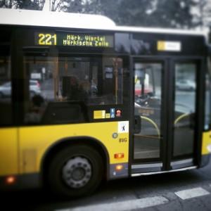 Bus 221