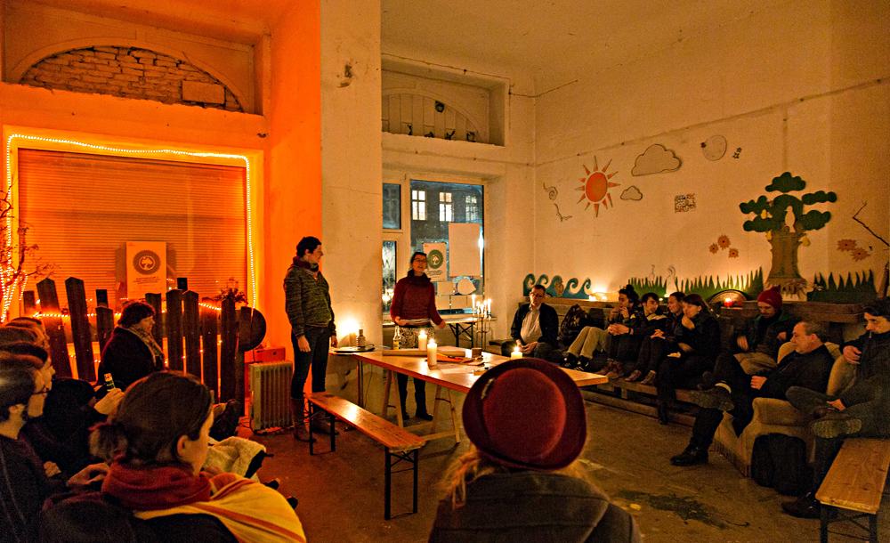 Wintertauschparty im Baumhaus. Foto: Tauschring