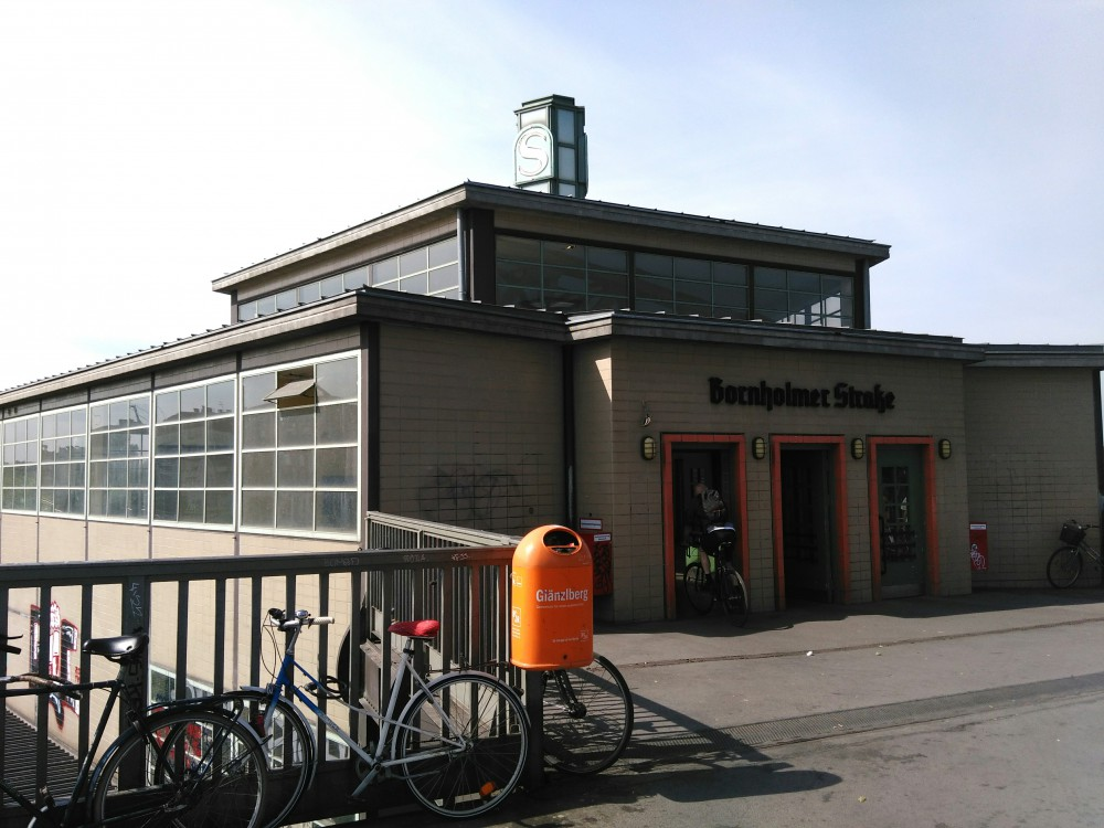 S Bhf Bornholmer Zugangsgebäude