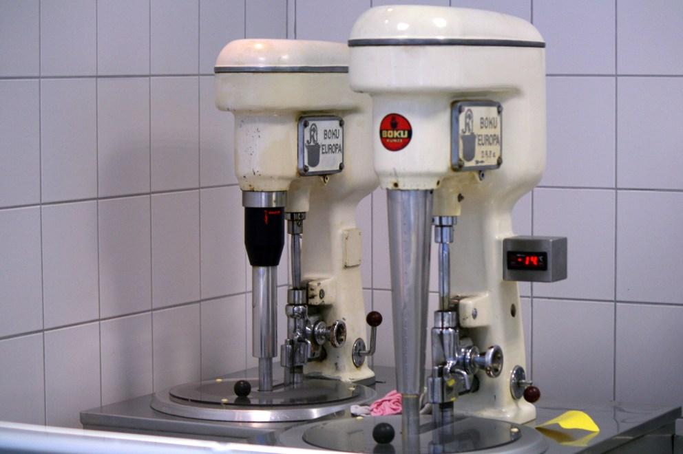 Eis Henris Eismaschinen - der Schmuck der Diele.