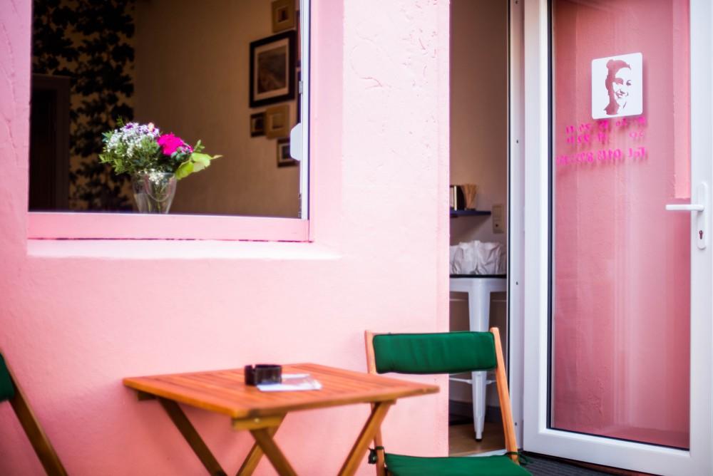 ZIZIs Kaffee von außen, Foto: Lena Meyer