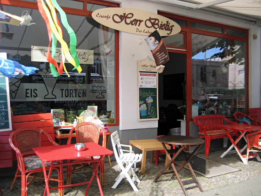 Herr Bielig - Der Laden in der Soldiner Straße 32. Foto: D. Hensel