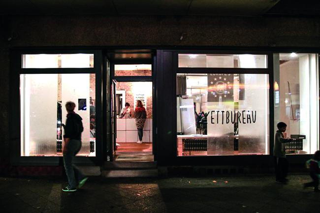 Das Wettbureau in der Prinzenallee. Foto: Charlotte Bolwin