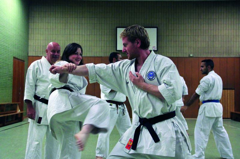 Training beim All-Style-Budo-Team. Fotos: Bürger