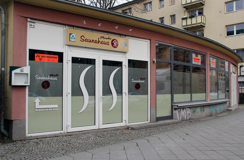 Hier war Mareks Saunahaus. Jetzt sind die Gewerberäume zu vermieten. Foto: Dominique Hensel