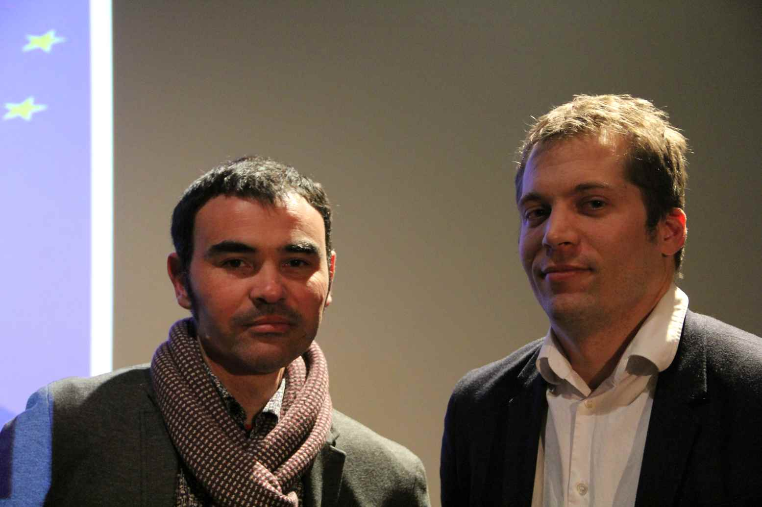 "Von links: Gilles Rof, Regisseur des Films ""Les Rebelles du Foot"" und Florian Fangmann, Geschäfstführer des Centre. Foto: Andrei Schnell"