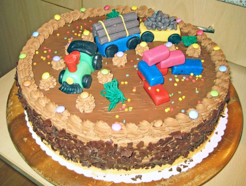 Eine Geburtstagstorte aus der Tortenwerkstatt. Foto: Hensel