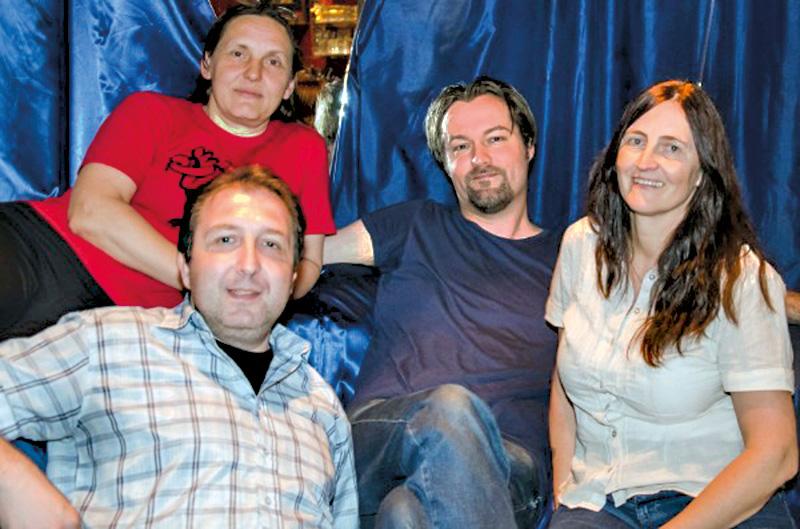 Die Autoren der Lesebühne Amygdala: Holger Haak, Christine Mösch, Gunter Scholtz und Gaby Maria Walter. Foto: Andreas Badura
