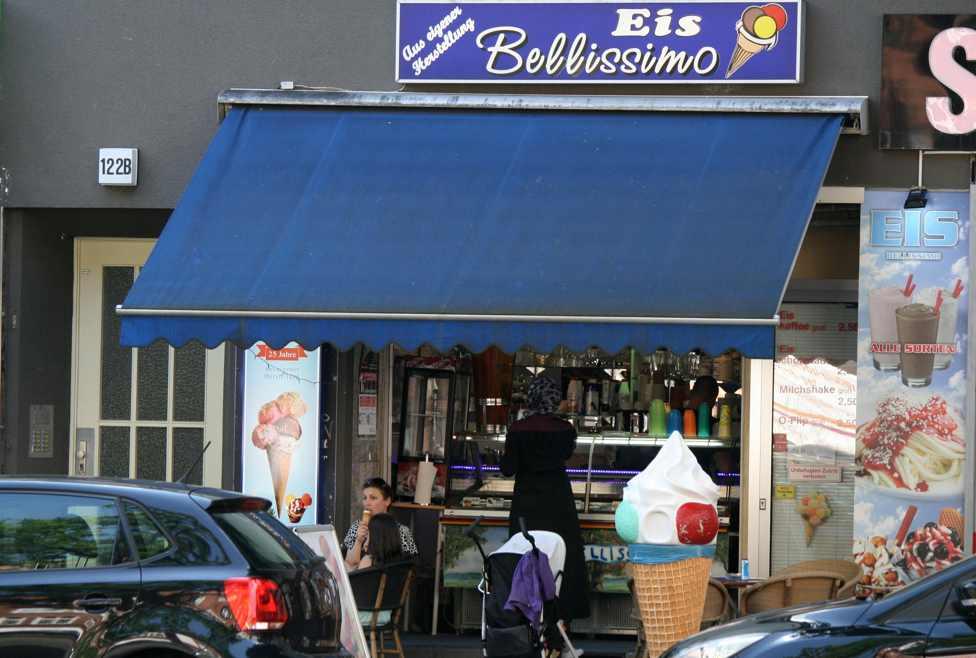 Eis Bellissimo in der Müllerstraße. Foto Andrei Schnell.