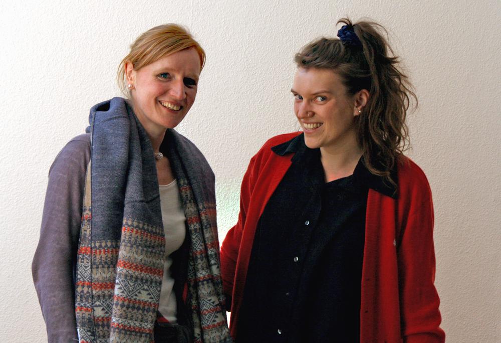 Dorothee Fischer (links) und Isabell Zerbe vom FamilienZentrum in der Fabrik Osloer Straße. Foto: FamilienZentrum