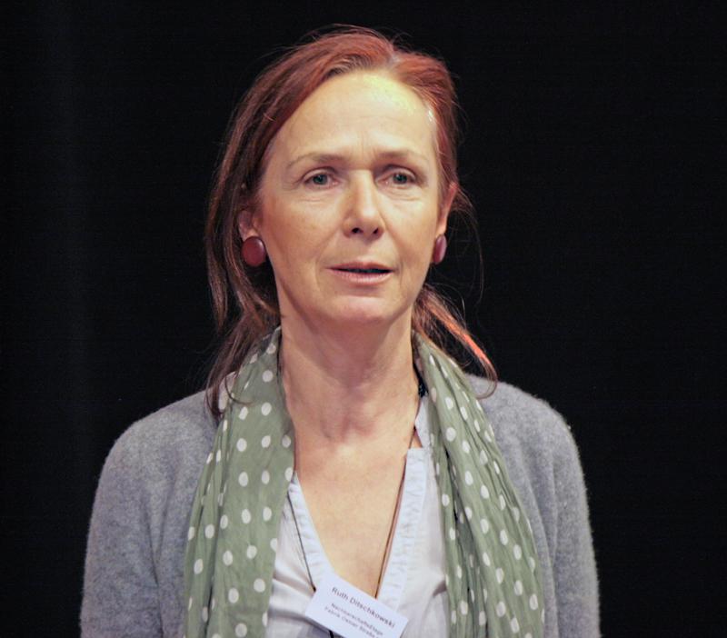 Ruth Ditschkowski leitet die NachbarschaftsEtage. Foto: A. Schnell
