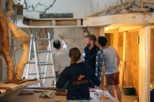 Umbau des größeren der beiden Räume im Baumhaus. Foto: Bolden