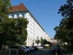Die Wedding Schule in der Antonstrasße. Foto Wikimedia.