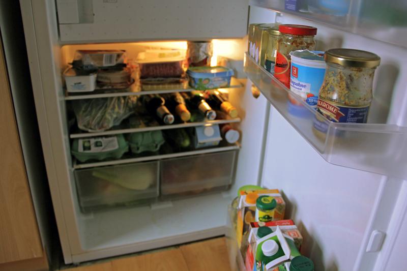 Der Kühlschrank ist voll. Wird auch alles verbraucht? Foto: Hensel