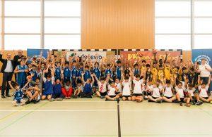 Gruppenbild bei einem Turnier der Alba-Grundschulliga. Foto: Florian Ullbrich