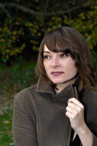Die Sängerin Andrea Schroeder im Volkspark Rehberge. Foto: Roland Popp