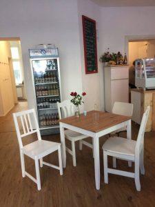 Das Familiencafé Zaunkönig in der Lüderitzstraße. Foto: Hannah Beitzer