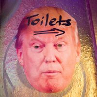WG-Bar, Trump, Toiletten, Humor