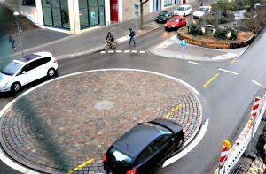 Der Mini-Kreisel zwischen Gleim-Oase und Gleimtunnel. Foto: Michael Becker