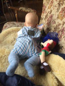 Im Miss Ploff hat es auch Baby bequem. Foto Hannah Beitzer