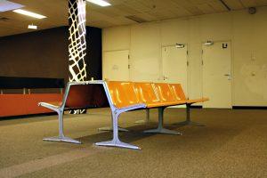 Es gab viele Aufenthaltsbereiche für Schüler und Lehrer. Foto: Christian Kloss, urbanophil