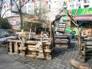 "Im Garten ""Rote Beete"" am Centre Francais. Foto: Hensel"