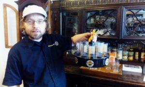 Sebastian Trommsdorff im Rum-Kontor. Foto: Joachim Faust