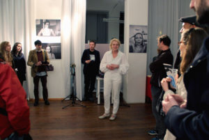 Vernissage in der art.endart Galerie in der Drontheimer Straße. Foto: Hensel