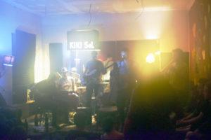 Jam-Session im Kiki Sol. Das es eine Raucherbar ist, sieht man, oder? Foto: A. Keilen
