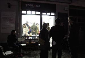 Die Toolbox in der Koloniestraße bei der Vernissage. Foto: Hensel