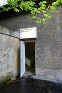 Eingang zur Installation-Karmakar-2018.04 ©Ludger-Paffrath-Web