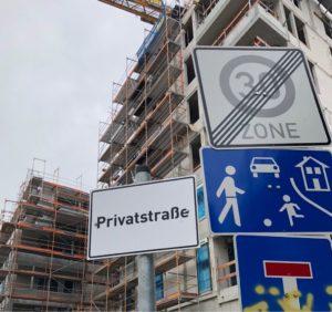 Schild mit Aufschrift privat