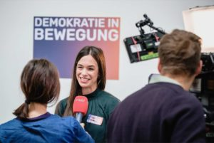 Dorothee Vogt, Demokratie in Bewegung