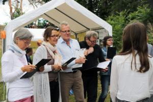 Umweltpreis Mitte 2018: Die Jury schaute sich alle Projektpräsentationen genau an und fragte nach. Foto: A. Schnell
