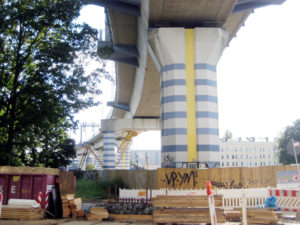 S-Ban-Brücke, fotografiert in der Tegeler Straße. Foto: Hensel