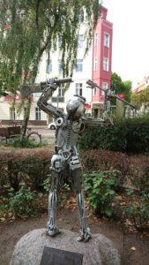 Skulptur aus Metall