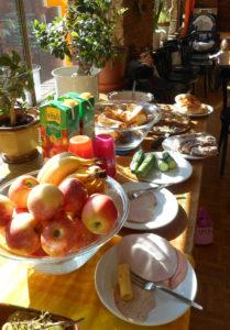 Familienfrühstück in der Fabrik. Foto: FamilienZentrum