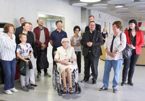 """Bei der Eröffnung der Ausstellung """"Mein Wedding 5""""in der Schillerbibliothek. Foto: D. Hensel"""